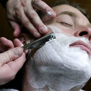 0007424 barber shop traditional razor shave