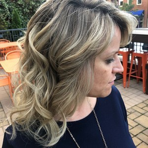 Taunia edwards   foilyage  highlights  haircut    style   frontal side view   douglas carroll salon   downtown   may 23rd  2018