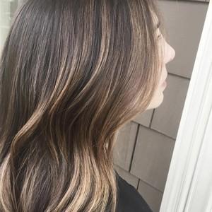 Hair photo natural brunette balayage