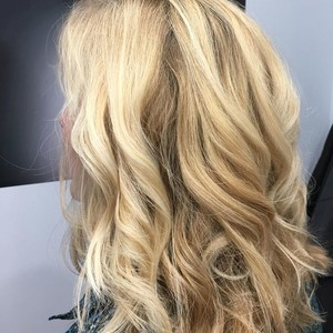 Waterford lakes orlano womens blonde hair
