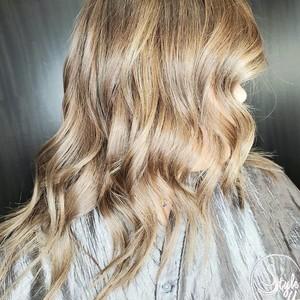Natural balayage hair