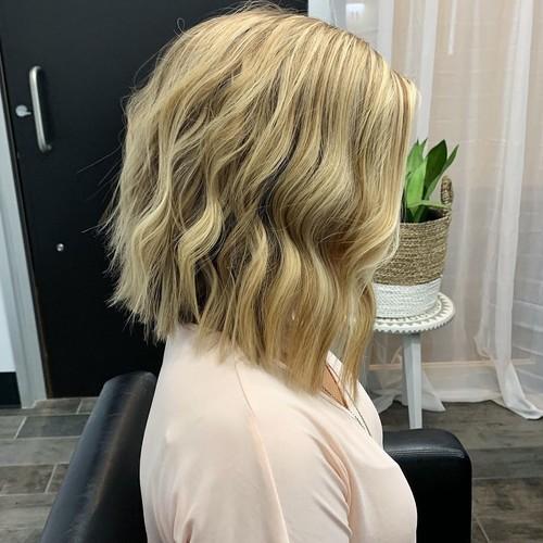 Winter garden blonde bob hair cut