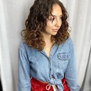Winter garden curly hair