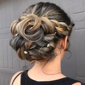 Winter garden bridal hair
