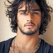 Messy curly hairstyles men 320x220