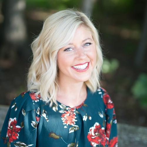 Emily Lowry Hair Stylist Washington Park Plaza Washington