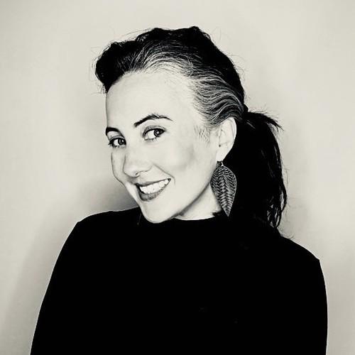 Robyn Lindsay