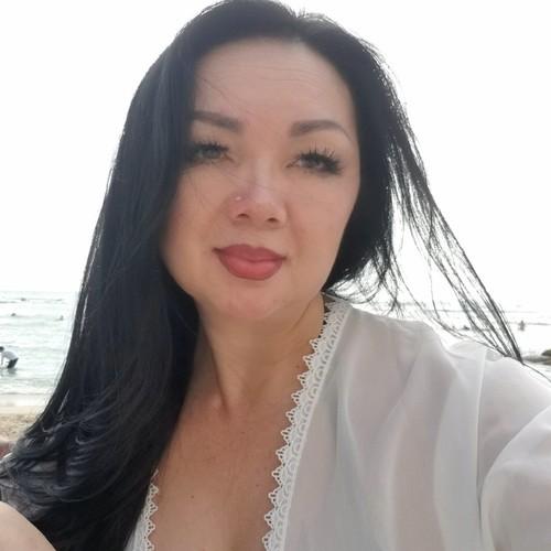 Maylee Moua