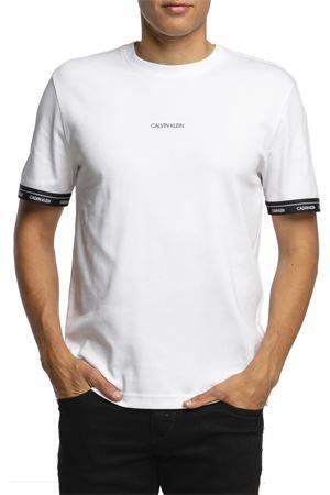 CALVIN KLEIN T-Shirt Uomo CALVIN KLEIN | T-Shirt | K10K105573YAF