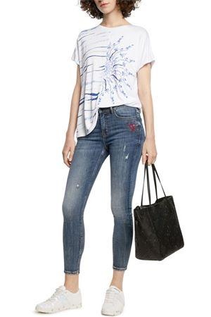 T-Shirt Modello NANETTE DESIGUAL | T-Shirt | 21SWTK261000