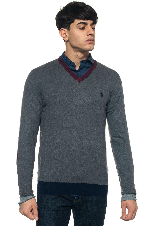 newest 572f6 69b1b V-neck pullover