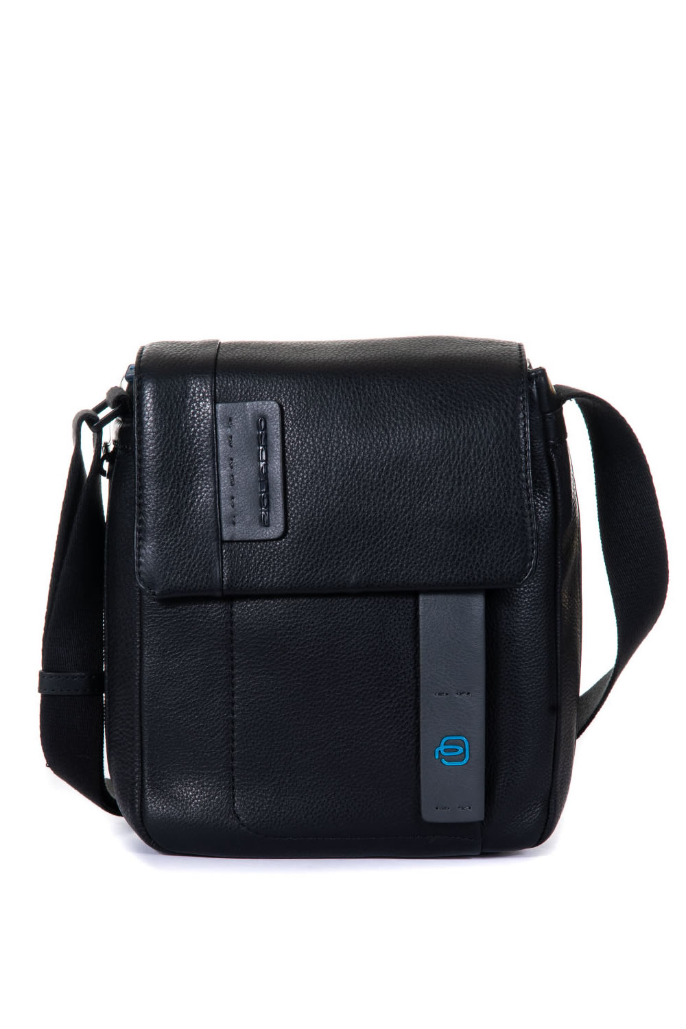 5ac7a88c0c27 Leather shoulder bag Piquadro Colore  nero. Product  CA4112P15N  Availability  In stock