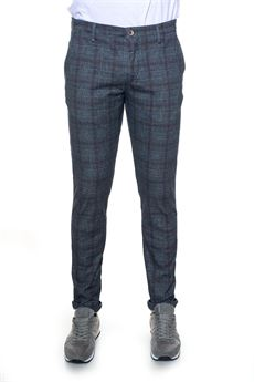 Chino Brooksfield | 9 | 205A-D071V0033