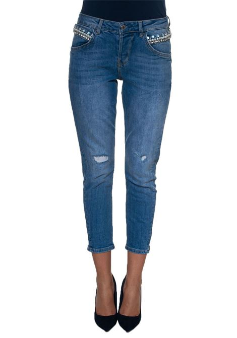 Vanille Relaxed Low 5 pocket Jeans with cuttings Guess | 24 | W83086-D38O0BGB1