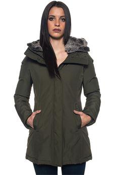 W'S BOULDER PARKA F coat Woolrich | 20000057 | WWCPS2647-CN03DAG