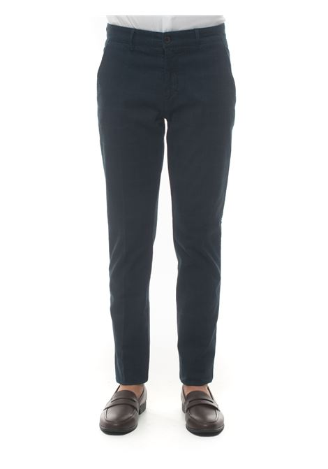 Chino Brooksfield | 9 | 205A-C185862