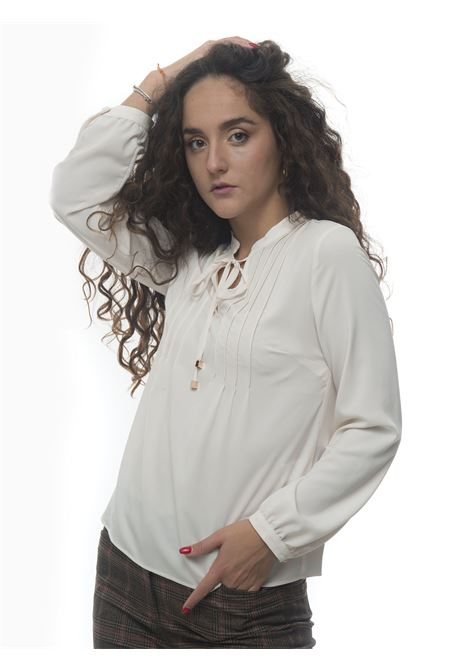Camicia morbida da donna Luckylu | 6 | 30LLBL02CD0006
