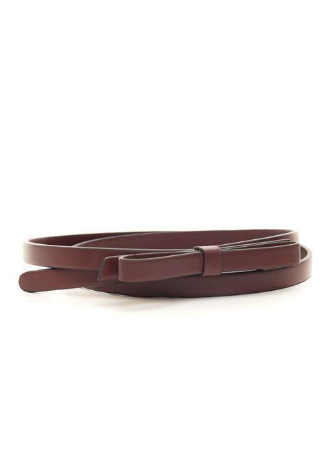 Thin belt in leather Red V | 20000041 | WQ2T0A73-MENU08