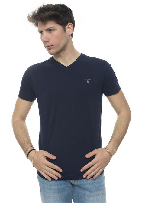 V-necked t-shirt Gant   8   234104433