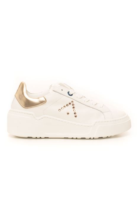 Alessia Leather sneakers with laces Ed Parrish | 5032317 | FALD-SW03BIANCO