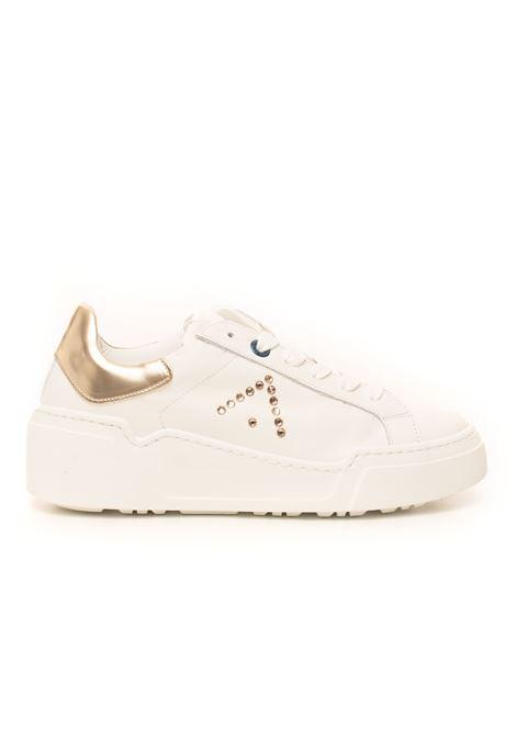 Sneakers in pelle con lacci Alessia Ed Parrish | 5032317 | FALD-SW03BIANCO