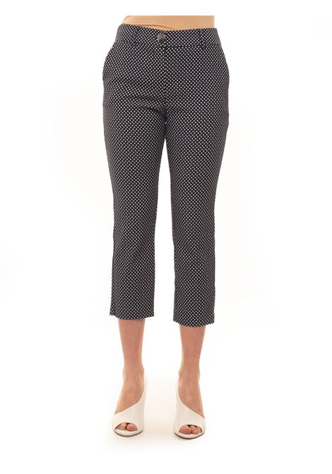 Drainpipe trousers reaching the ankles Guess | 9 | W0GB18-WCUE0F77T