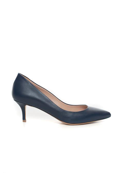 Leather court shoe Vincenzo Piccolo | 5032316 | P03-NAPPAOCEANO