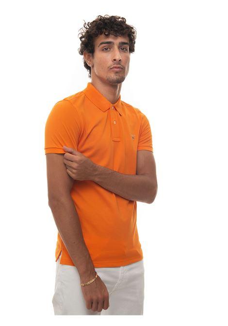Short-sleeved polo shirt in piquè Gant | 2 | 2201806