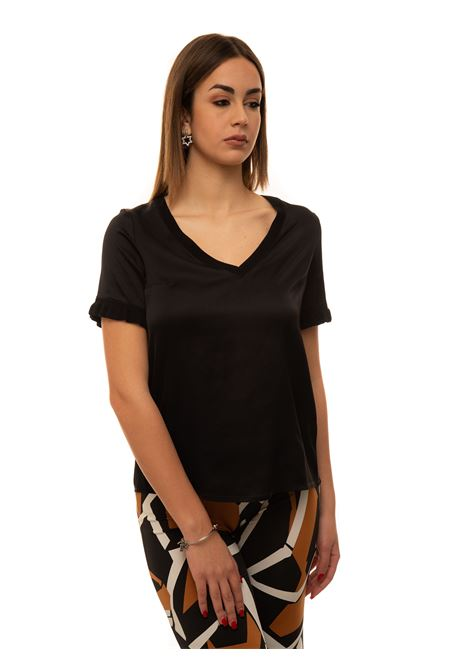 V-necked t-shirt Maria Bellentani | 8 | 5046-1009999