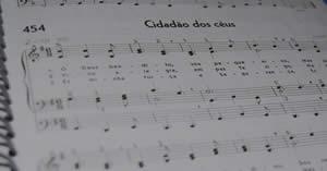 Crie o seu video musical da CCB com o hino 454!