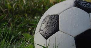 Quais amigos fariam parte de seu time de futebol?