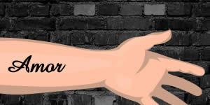 Como ficaria uma tatuagem com o nome de seu amor em seu braço?