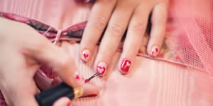 Se você fosse manicure, quem seriam suas clientes?