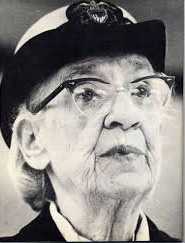 the life and contributions of grace murray hopper an american computer scientist Computer pioneer and the oldest officer in active duty when she  grace  brewster murray hopper or amazing grace was born in 1906  she is  recognized for her contributions to technology, has become  rear admiral  grace hopper biography  standard & custom to be an american escape.