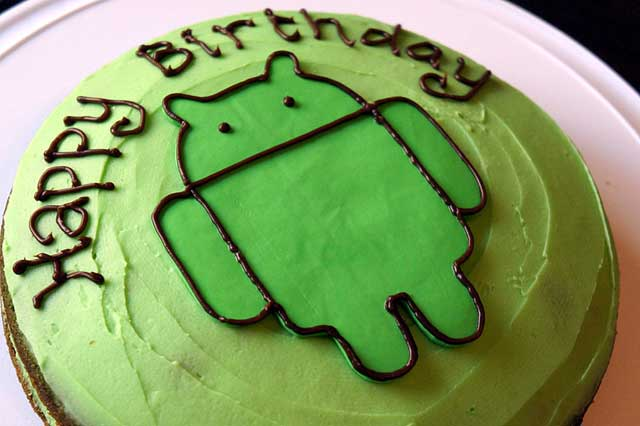 Green Android Birthday Cake