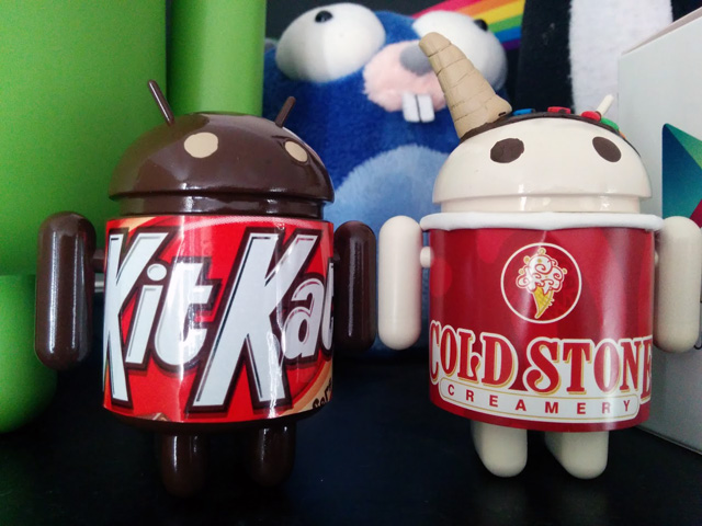 Hacked Android Figurines For Cold Stone Creamery & Kit Kat