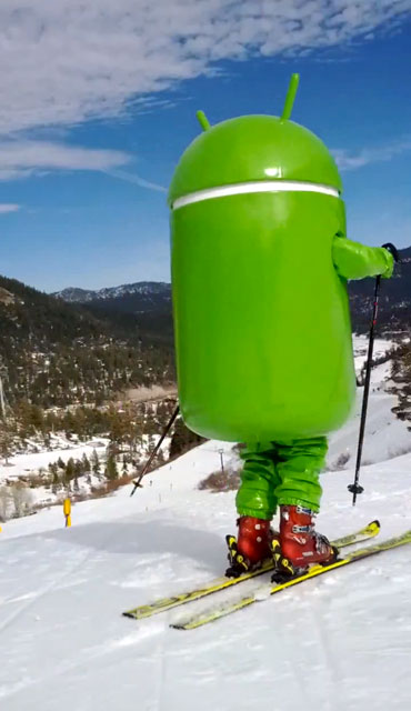 Android Man Skiing