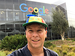 Danny Sullivan Wearing The Noogler Hat