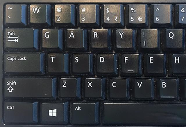 John Mueller Hacks Gary Illyes Keyboard