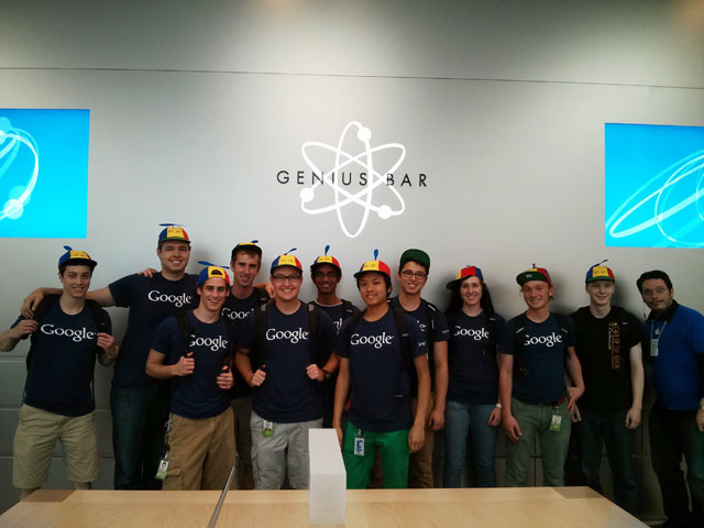 Google Interns At Apple's Genius Bar