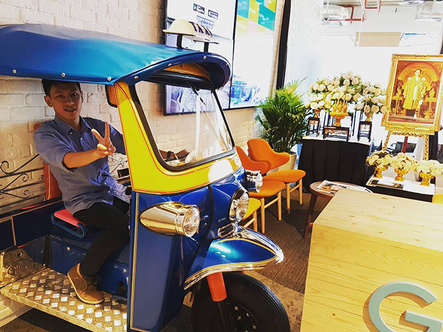 Google Bangkok Indoor Auto Rickshaw