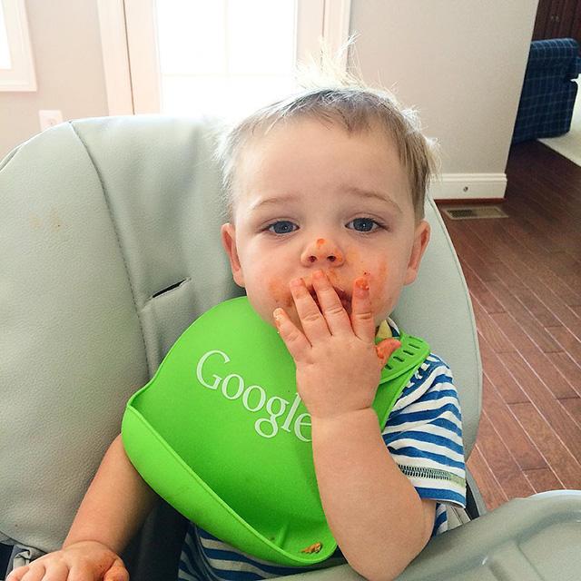 Google Baby Bib