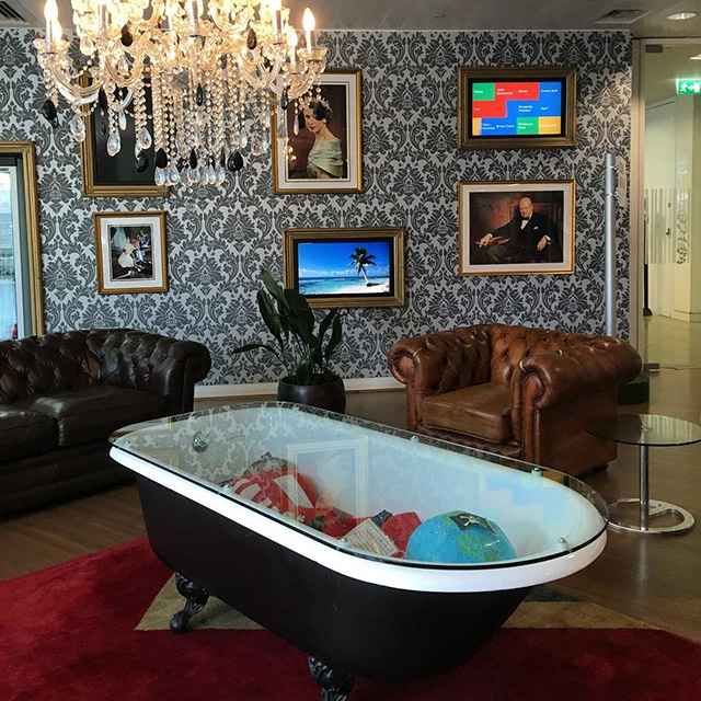 Google Bath Tub Cocktail Table