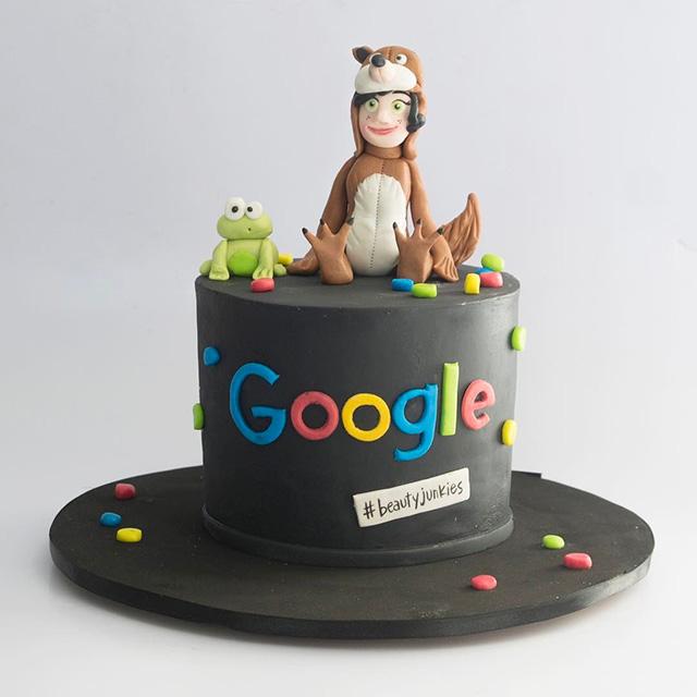 Google Cake Hat
