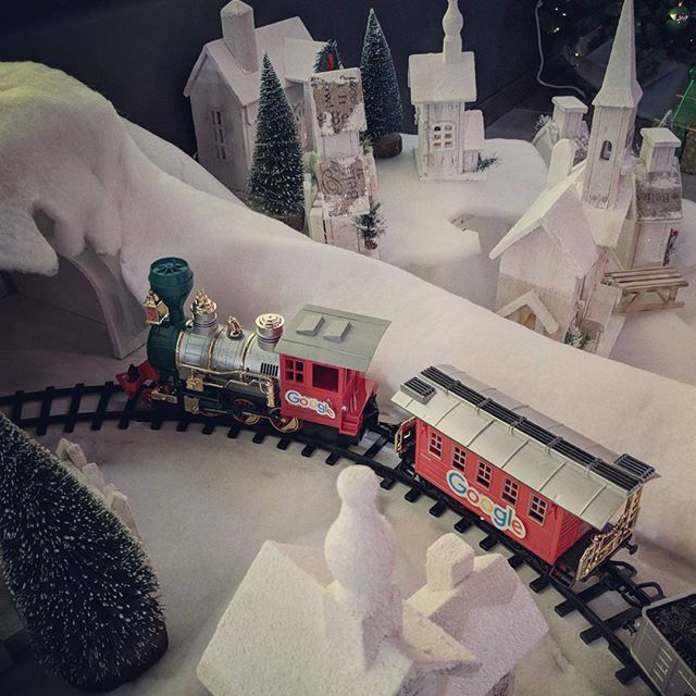 Google Christmas Toy Train Set