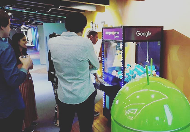 Google Claw Game