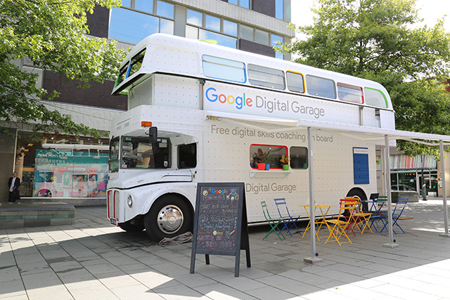 Google Digital Garage Bus