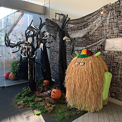 Google Seattle Halloween Decorations; Even Android Got Dressed Up