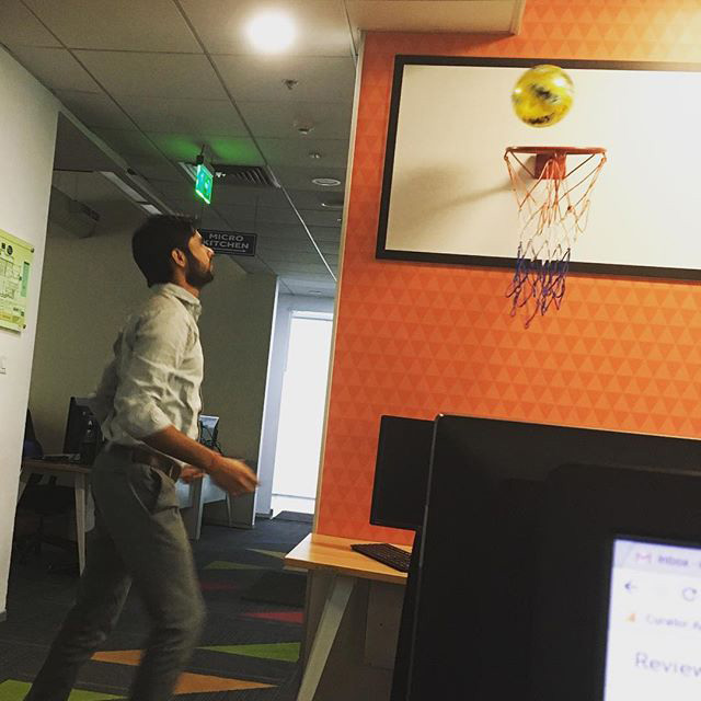 Google India Indoor Toy Basketball Hoop