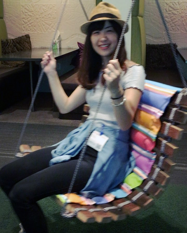 Google Seattle Indoor Chair Swing